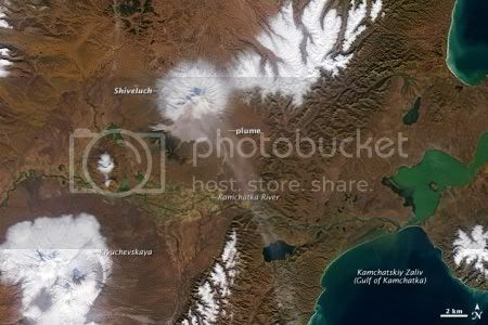 Activity at Shiveluch volcano, 3 October 2009 (NASA MODIS image)